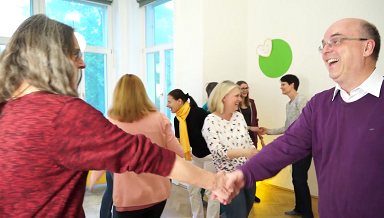 Lachen in Wien: Regelmäßiger Lachclub