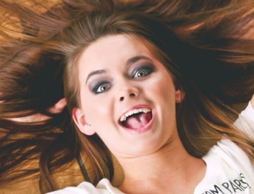 Lache trotzdem, auch wenn du nichts zu lachen hast – 3 Tipps wie du es schaffst